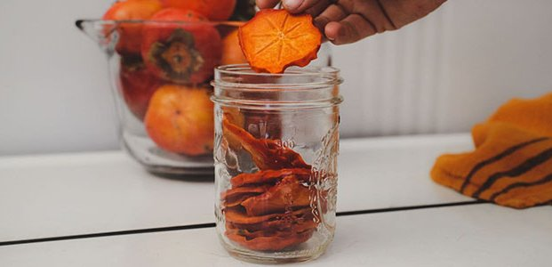 Сушена хурма - корисні властивості, шкода і рецепти