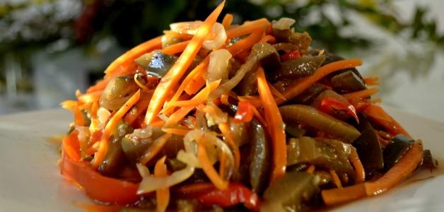 простий салат з кольрабі