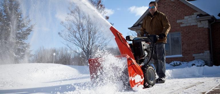 Вибираємо кращий снегоуборщик
