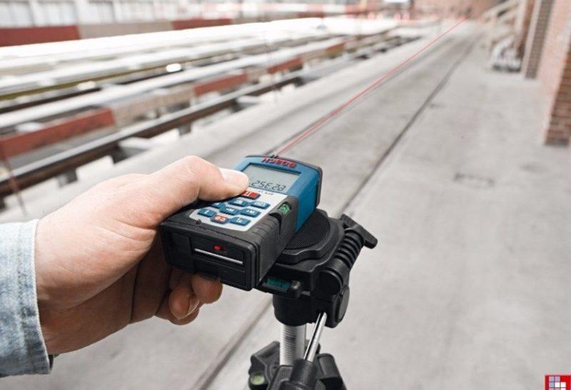 Як вибрати далекомір замість рулетки?